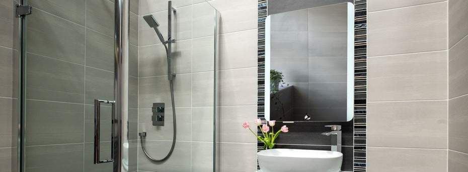 Mirror Cabinets   Makeup Mirrors with Lights   World of Tiles